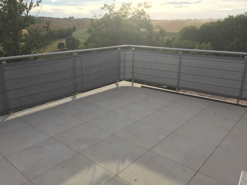 Balkonschutz Blende Luftdurchlassig 230g M Ose Dr Thiel Gmbh
